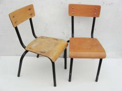 2 chaises maternelle 1