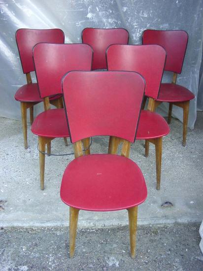 6 chaises rouges 5