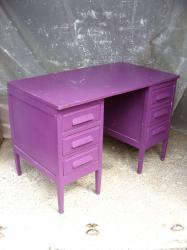 Bureau violet 3