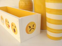 Case yellow 7
