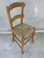 chaise-paillee-1.jpg
