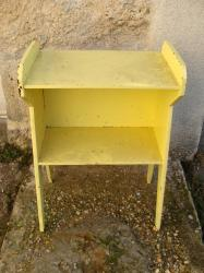 Meuble jaune 1