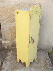 Meuble jaune3